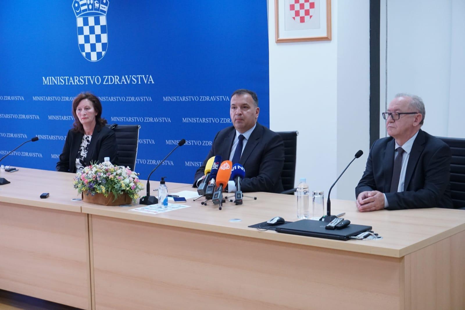 Prof. Vili Beroš naš je novi (stari) ministar